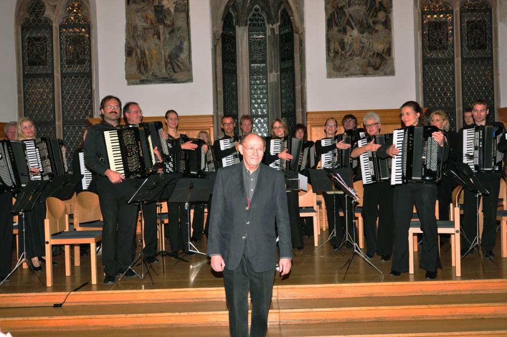 Günter Stössel und das Nürnberger Akkordeonorchester